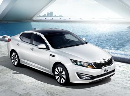 起亚k5荣获 2011最佳车型 东方网 东方汽车高清图片