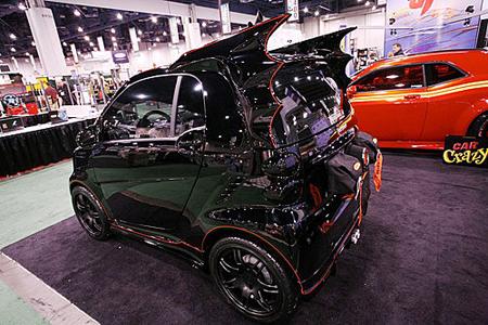 拍卖也跟风 奔驰smart蝙蝠车起价不到2000 高清图片