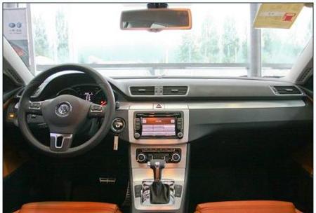 一汽大众cc还搭载了acc自适应巡航系统,lane  assist车道偏移警示等