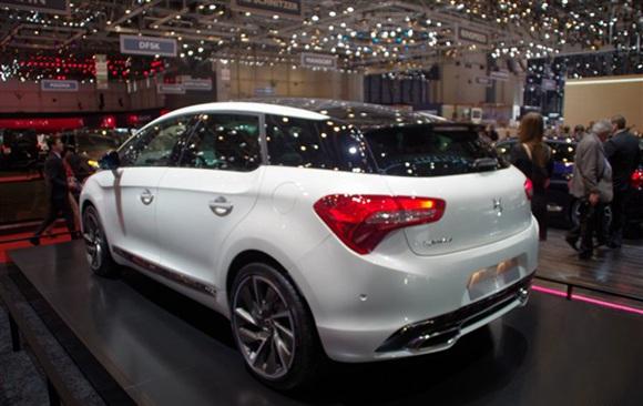 汽车频道 >> 正文      有消息称,ds将在2015上海车展中发布ds 5 moon