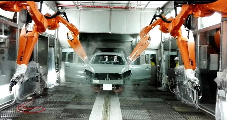 随着国家对环保、节能减排、清洁生产、中国制造2025等一系列政策和战略的相继出台,传统的汽车涂装技术无法满足行业客户的购买需求,新型环保材料及绿色涂装已是车涂行业的大势所趋。经过数年的潜心研发,立邦中国(NipponPaintChina)汽车涂料事业部全新推出Aquatech紧凑型绿色环保涂装技术工艺,并于近日在南京长安马自达正式投产。据悉,该技术拥有低耗环保、实现客户个性化需求、生产线转换便捷三大优势,大幅度提升了涂装效率价值,实现节能减排,引领车涂行业的可持续发展。  立邦中国汽车涂料事业部全新推