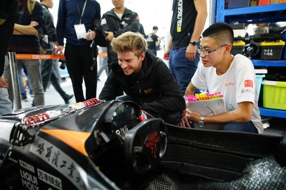 蔚来杯2016中国大学生电动方程式大赛在沪开