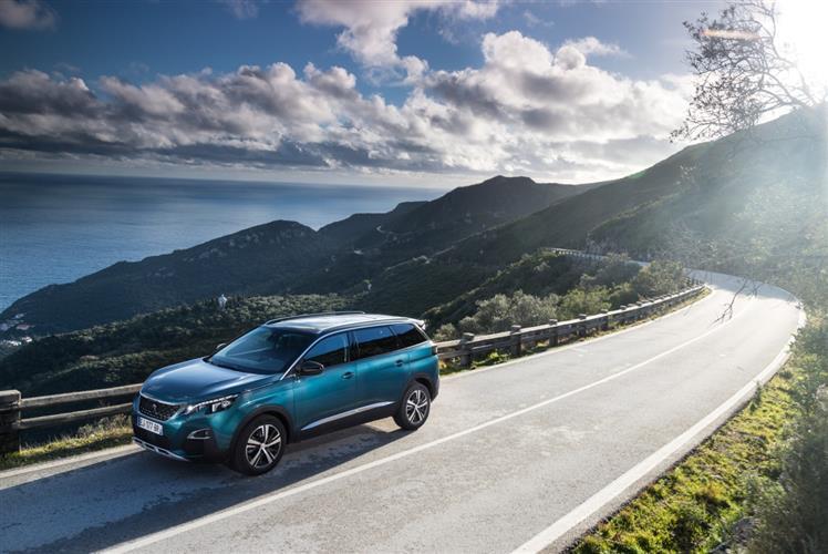 东风标致5008即将年中上市 引领7座SUV市场