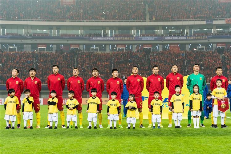 中国足球队vs马里队_德国马牌轮胎携手中国国家足球队,继续征战新一程