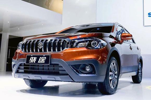 长安铃木全新SUV车型骁途亮相上海车展高清图片