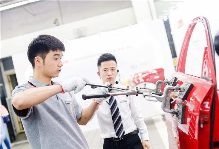 一汽-大众奥迪春季服务活动体验之旅登陆杭州